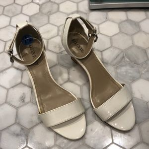 Ellen Tracy White Patten Leather Sandals